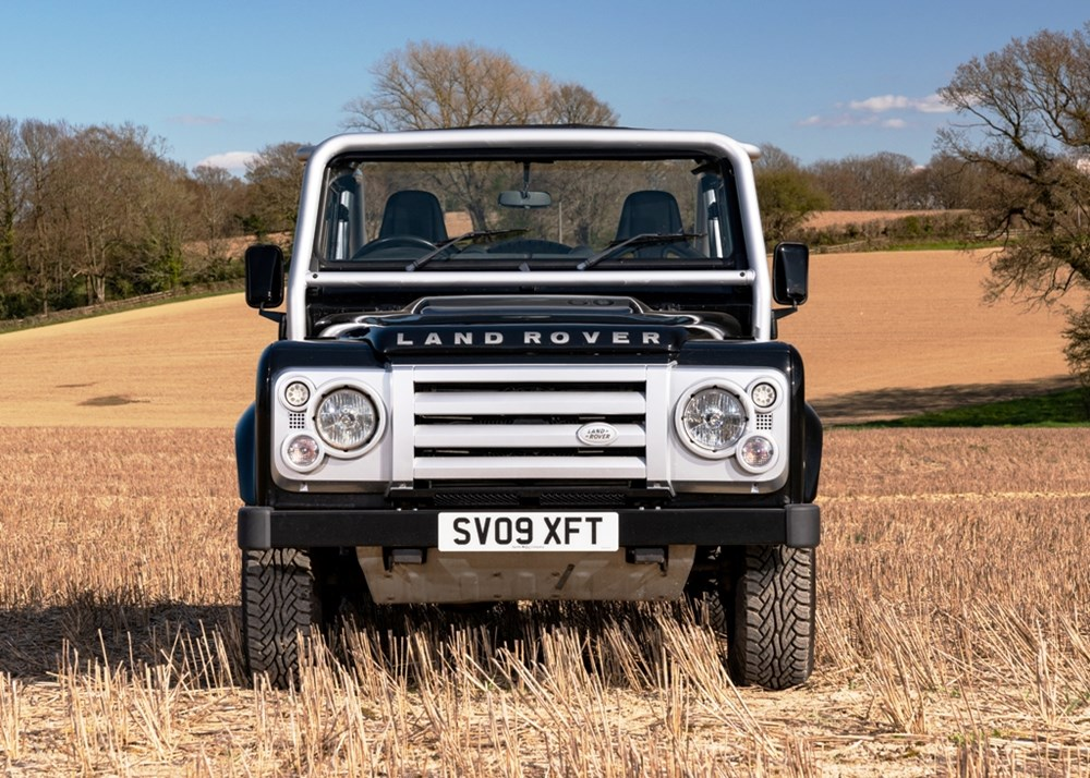 2009 Land Rover Defender SVX 60th Anniversary Limited Edition - Image 3 of 9