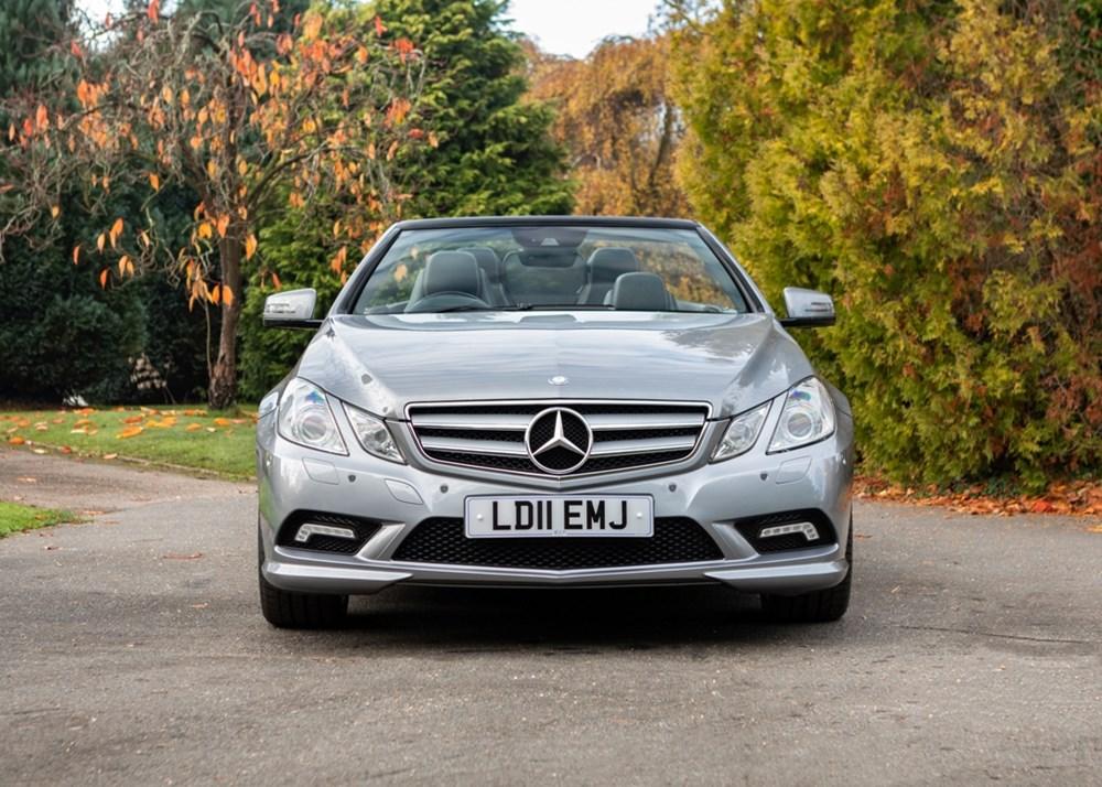 2011 Mercedes-Benz E250 AMG Sport Convertible - Image 5 of 9