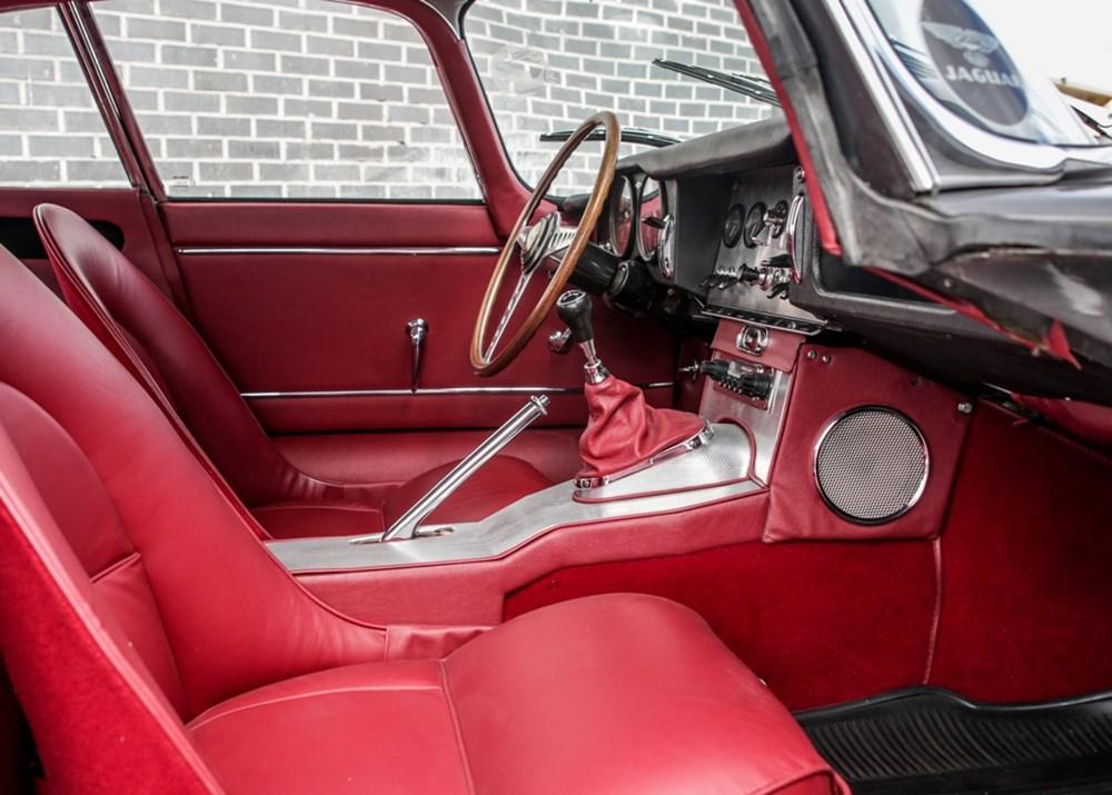 1961 Jaguar E-Type Series I Coupé Flat-Floor (3.8 litre) - Image 8 of 9