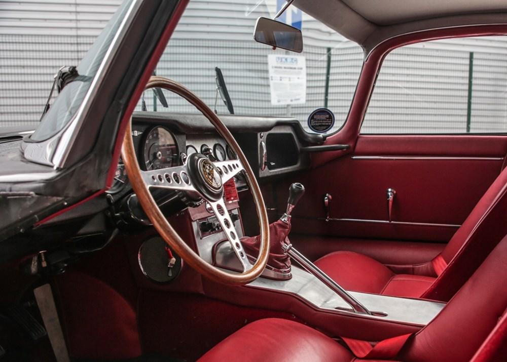 1961 Jaguar E-Type Series I Coupé Flat-Floor (3.8 litre) - Image 5 of 9