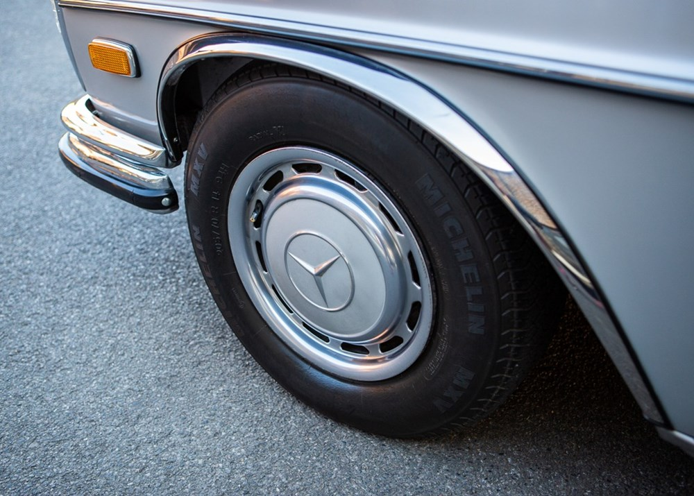 1972 Mercedes-Benz 280 SEL (4.5 litre) - Image 8 of 9