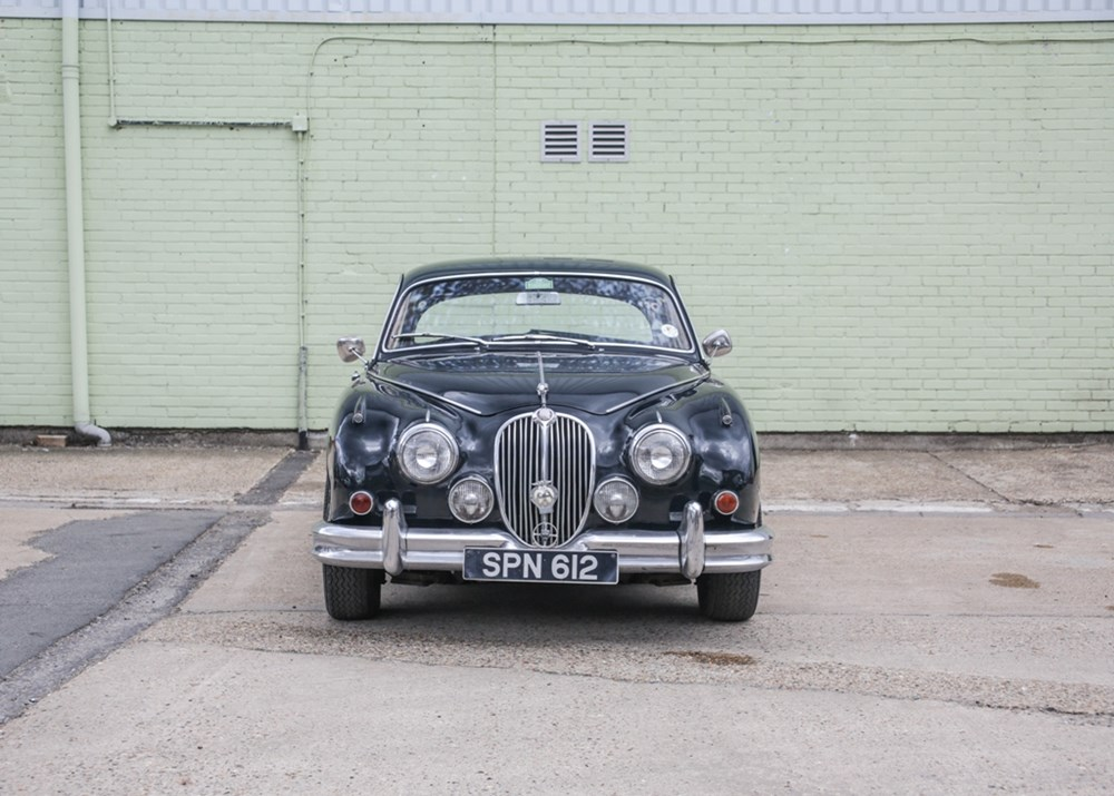 1960 Jaguar Mk. II (3.8 litre) - Image 8 of 9