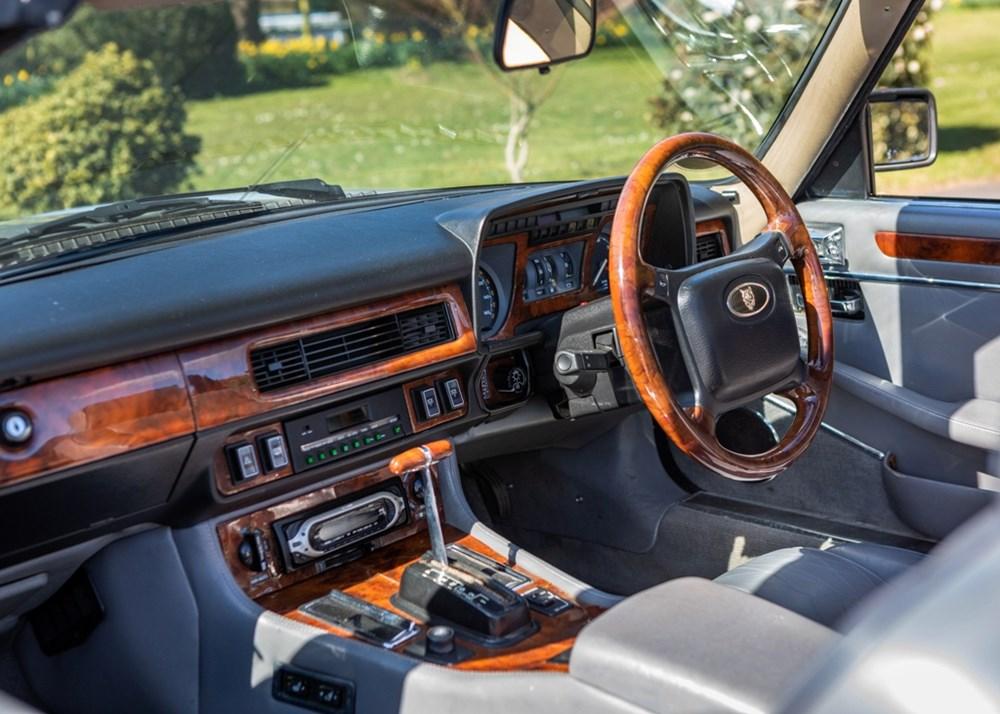 1990 Jaguar XJS Convertible - Image 9 of 9