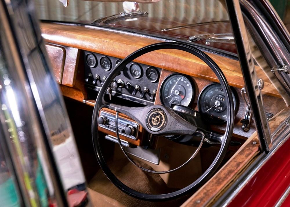 1968 Daimler 250 V8 Saloon - Image 6 of 9