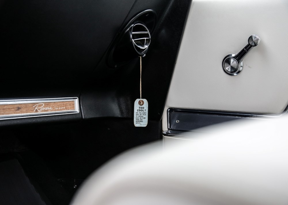1966 Buick Riviera - Image 9 of 9