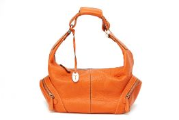 A TOD'S ORANGE LEATHER BAG