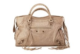 A BALENCIAGA 'CLASSIC CITY' BEIGE LEATHER HANDBAG