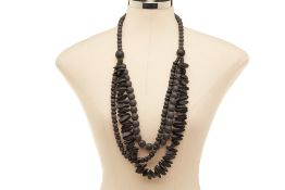 A BLACK STONE NECKLACE