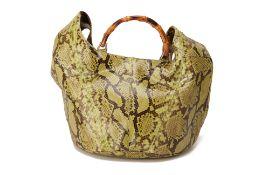 A GUCCI GREEN PYTHON SHOULDER BUCKET BAG