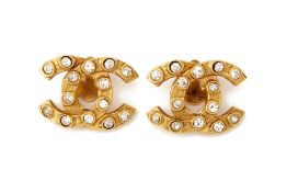 A PAIR OF CHANEL GILT METAL AND PASTE EARRINGS
