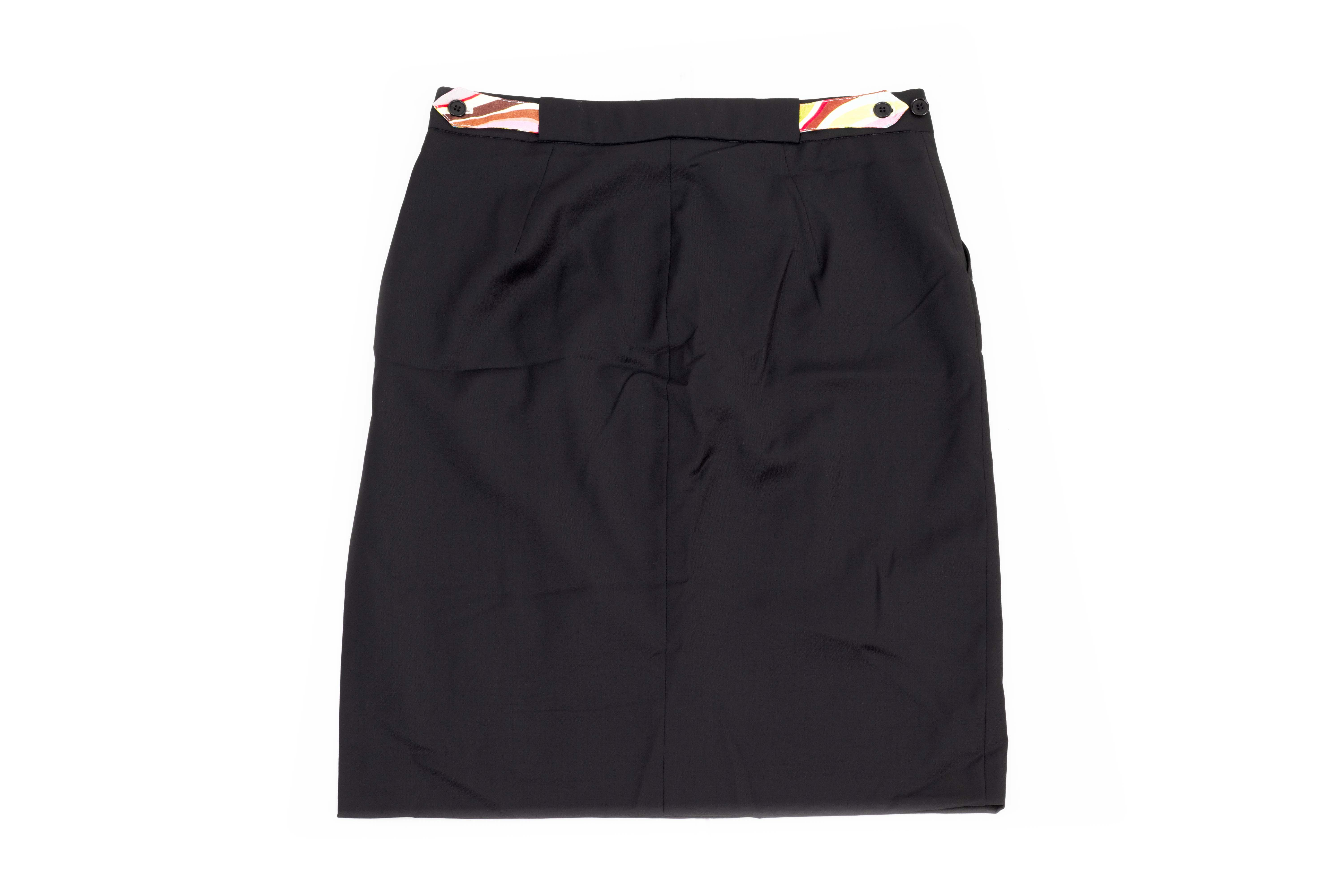 A PAUL SMITH BLACK SKIRT - Image 3 of 3