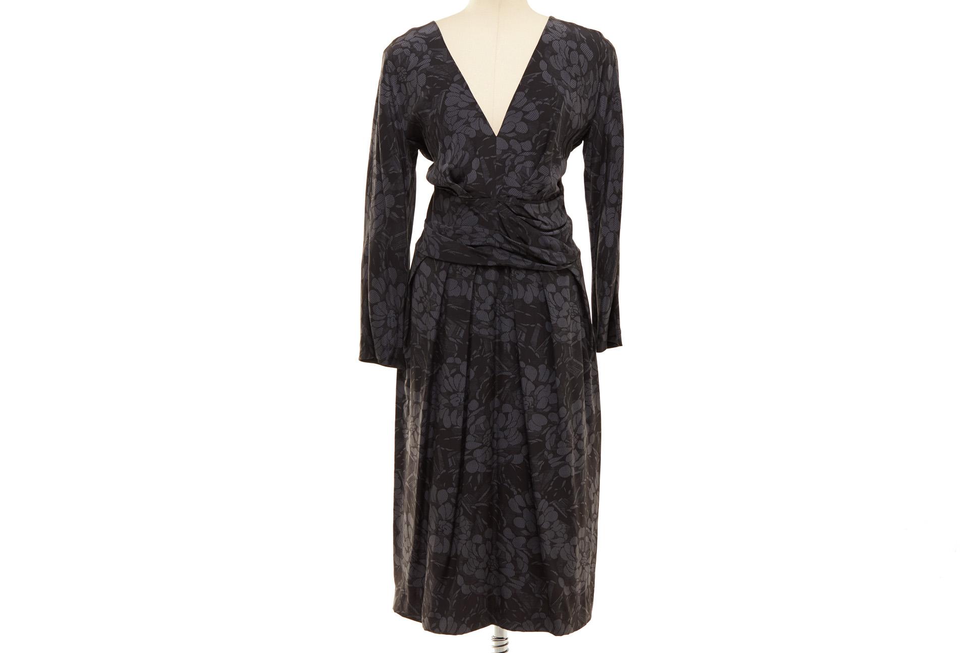 A BOTTEGA VENETA BLACK FLORAL SILK DRESS