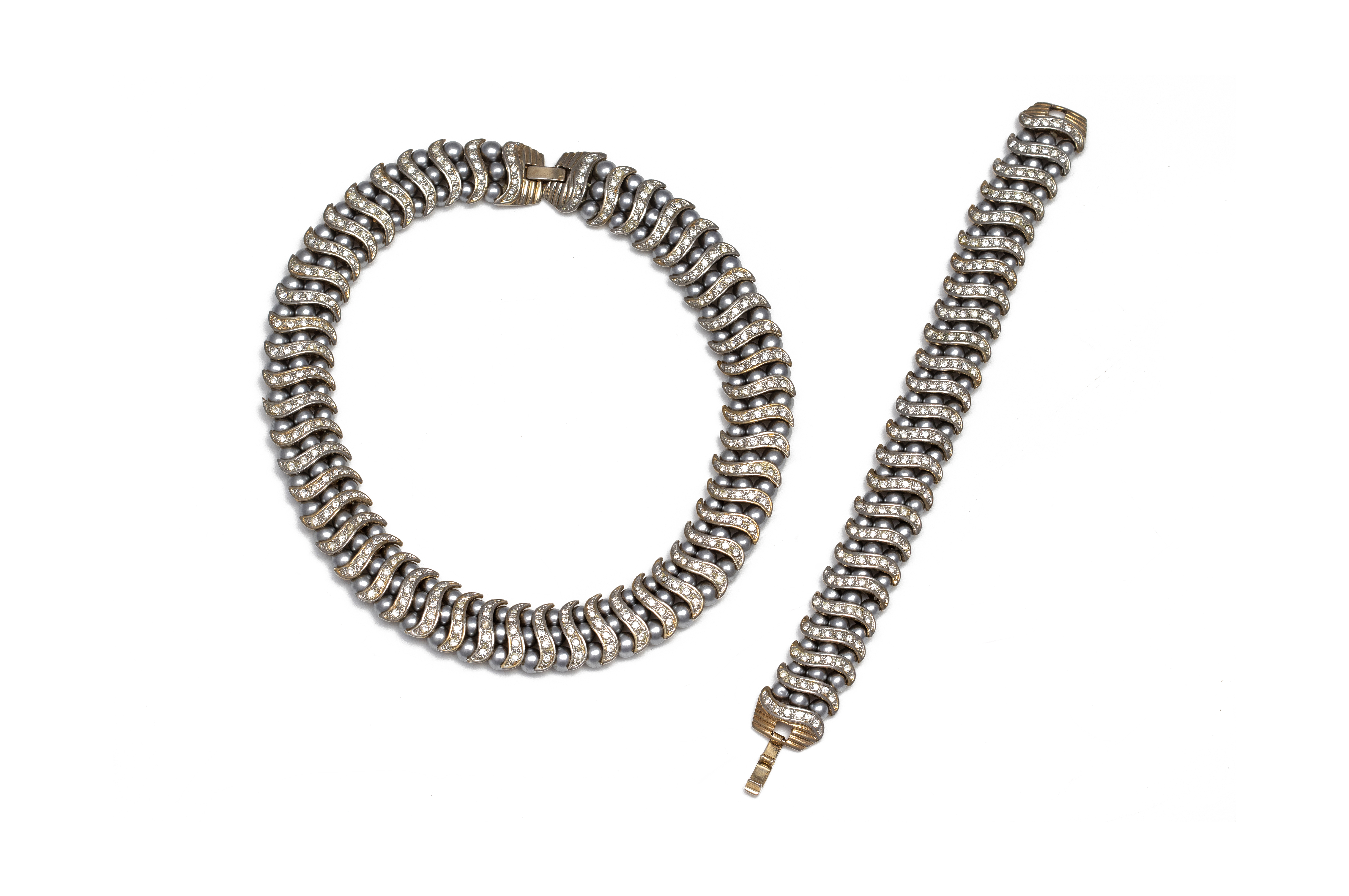 A CULTURED PEARL AND PASTE NECKLACE AND BRACELET SET
