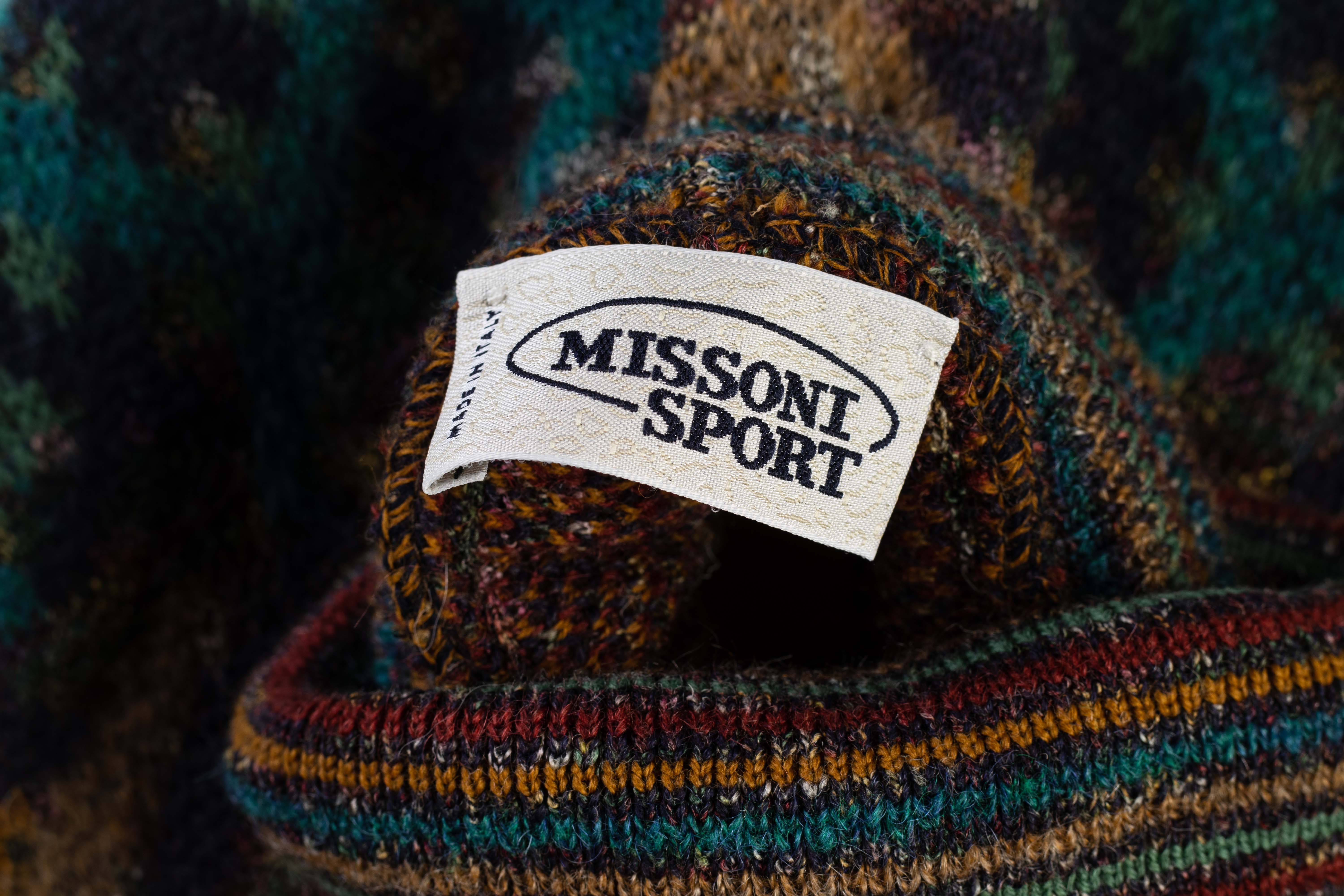 A MISSONI SPORT KNITTED ROLLNECK SWEATER - Image 4 of 4
