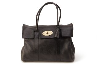 A MULBERRY BLACK BAYSWATER LEATHER TOTE BAG