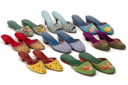 A GROUP OF PERANAKAN BEADED SHOES & OTHER ITEMS