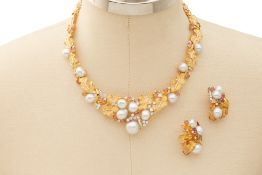 A BAROQUE SOUTH SEA PEARL NECKLACE AND EARRING SET