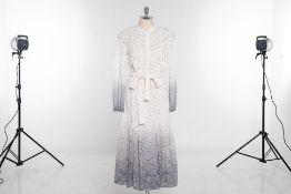 A BURBERRY PRORSUM WHITE & GREY DEGRADÉ LACE DRESS