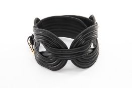 A SHANGHAI TANG BLACK LEATHER KNOT BELT