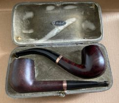 Vintage Cased Lot of 2 Smoking Pipes with 9 karat Gold Collars - longest pipe 130mm.