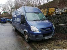 09/58 IVECO DAILY 35S14 LWB S-A - 2287cc 5dr Van (Blue, 181k)