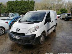 10/59 PEUGEOT EXPERT HDI SWB - 1560cc 6dr Van (White, 111k)