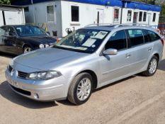 06/06 RENAULT LAGUNA PRIVILEGE AUTO - 1998cc 5dr Estate (Silver, 121k)