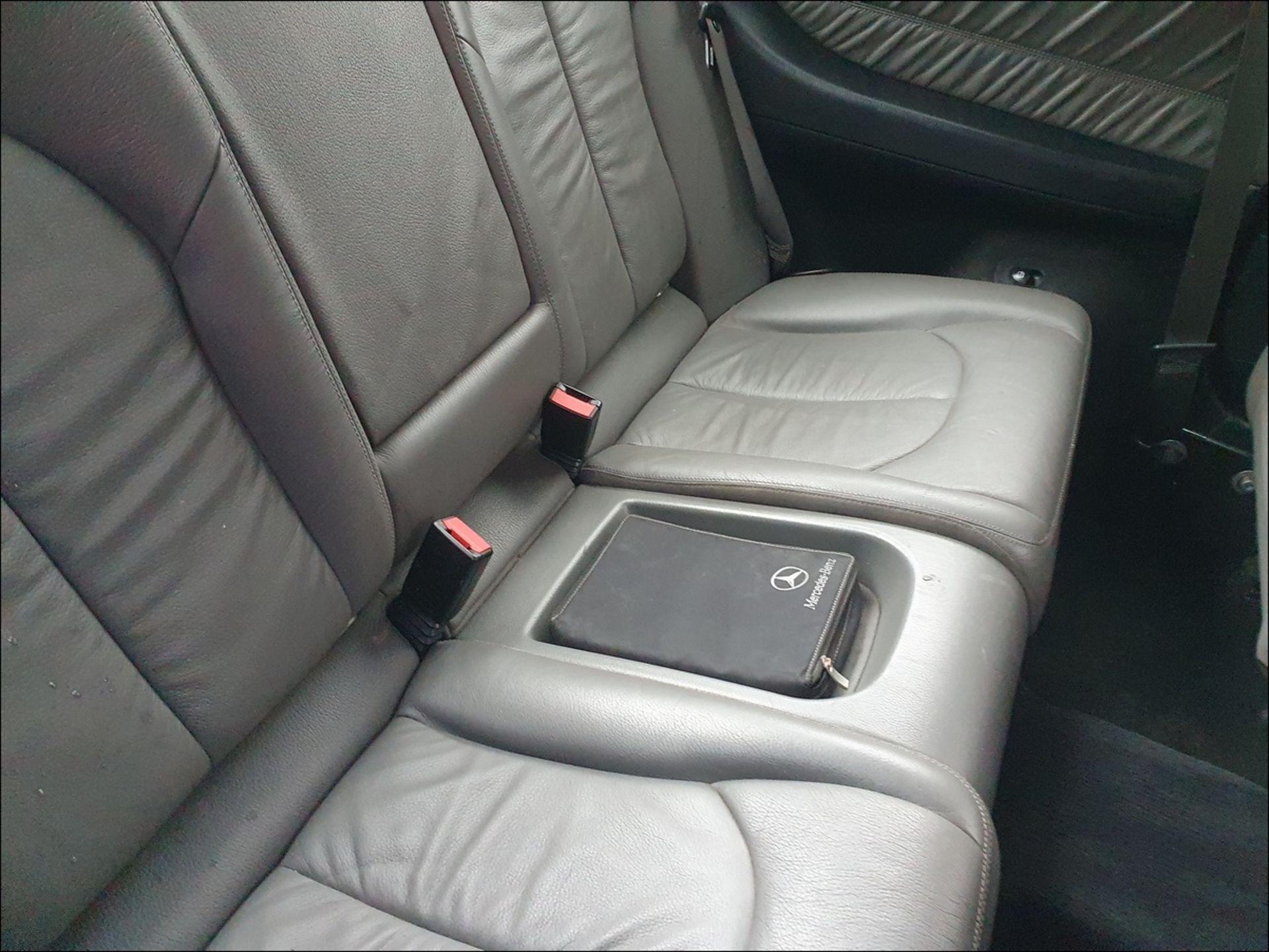 09/58 MERCEDES CLK320 CDI SPORT AUTO - 2987cc 2dr Coupe (Blue, 185k) - Image 9 of 9