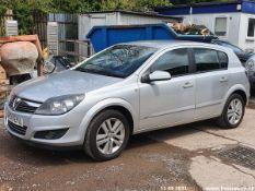 09/09 VAUXHALL ASTRA SXI TWINPORT - 1364cc 5dr Hatchback (Silver, 101k)