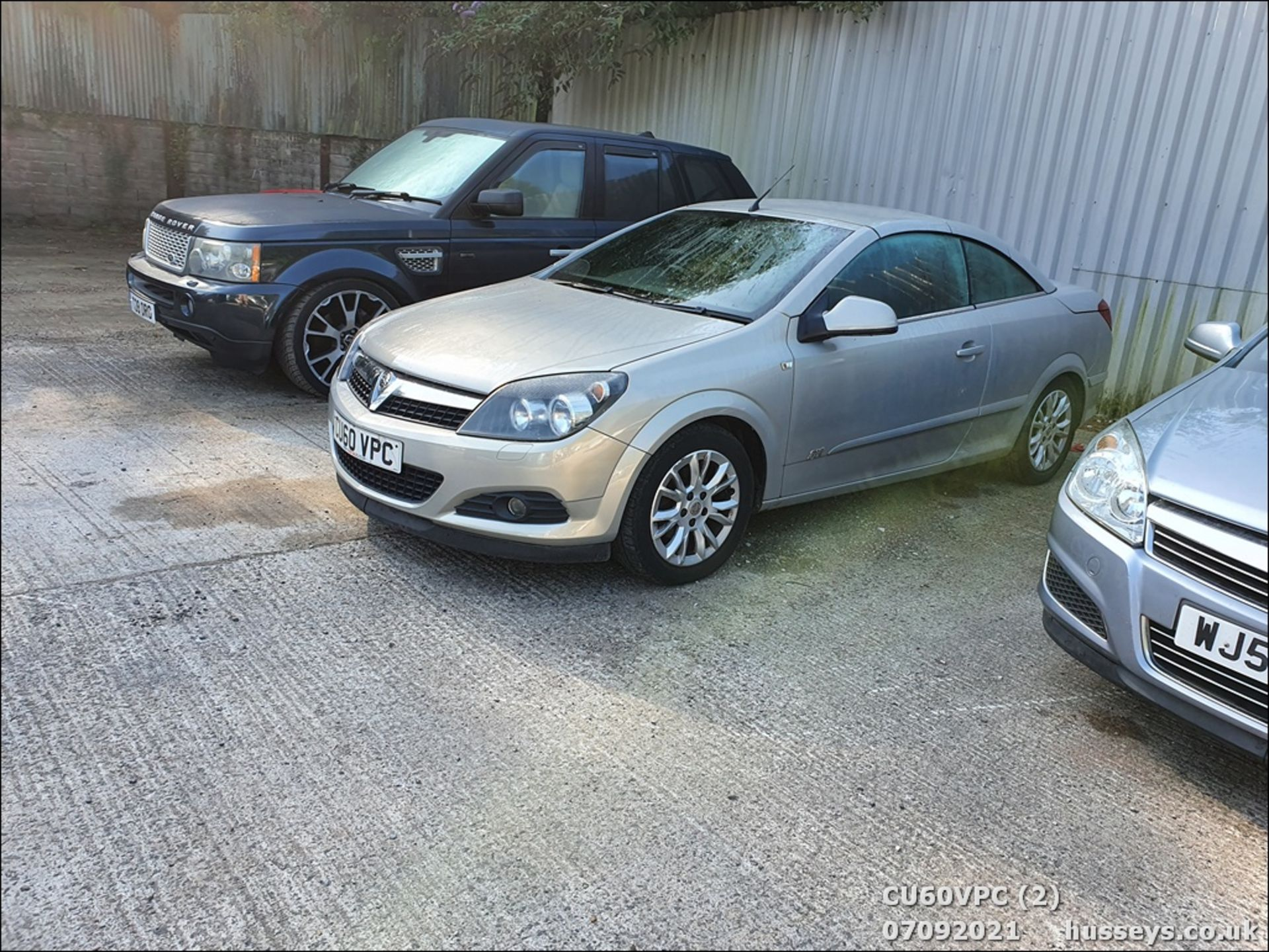 11/60 VAUXHALL ASTRA SPORT - 1796cc 2dr Convertible (Silver, 123k) - Image 2 of 12