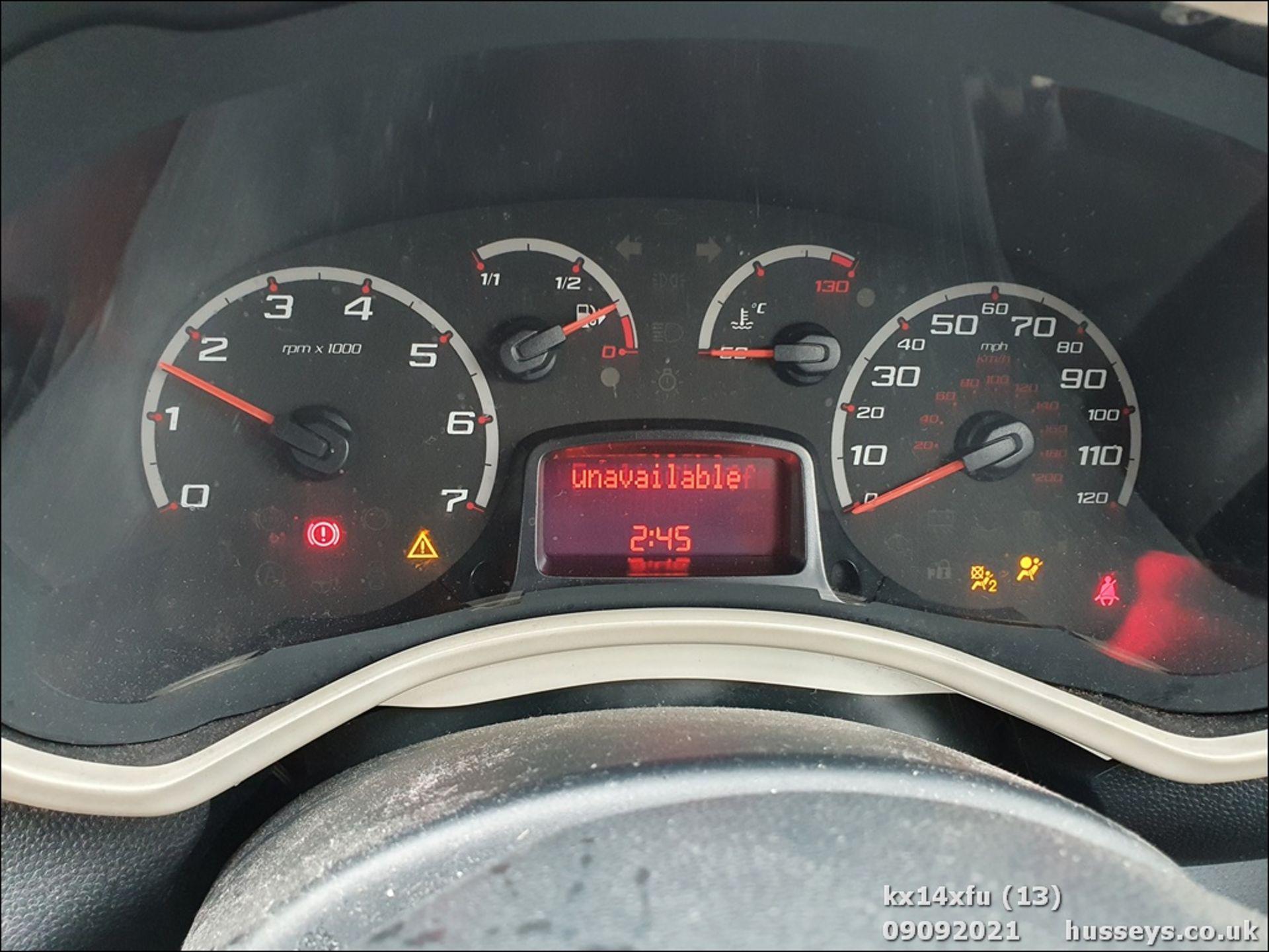 14/14 FORD KA ZETEC - 1242cc 3dr Hatchback (Red) - Image 13 of 17