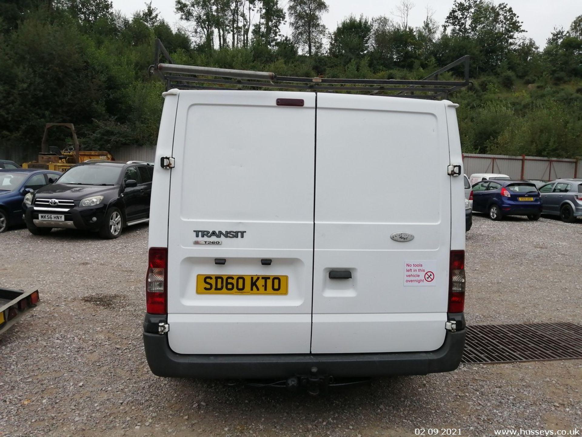 10/60 FORD TRANSIT 85 T260M FWD - 2198cc 5dr Van (White, 237k) - Image 12 of 23