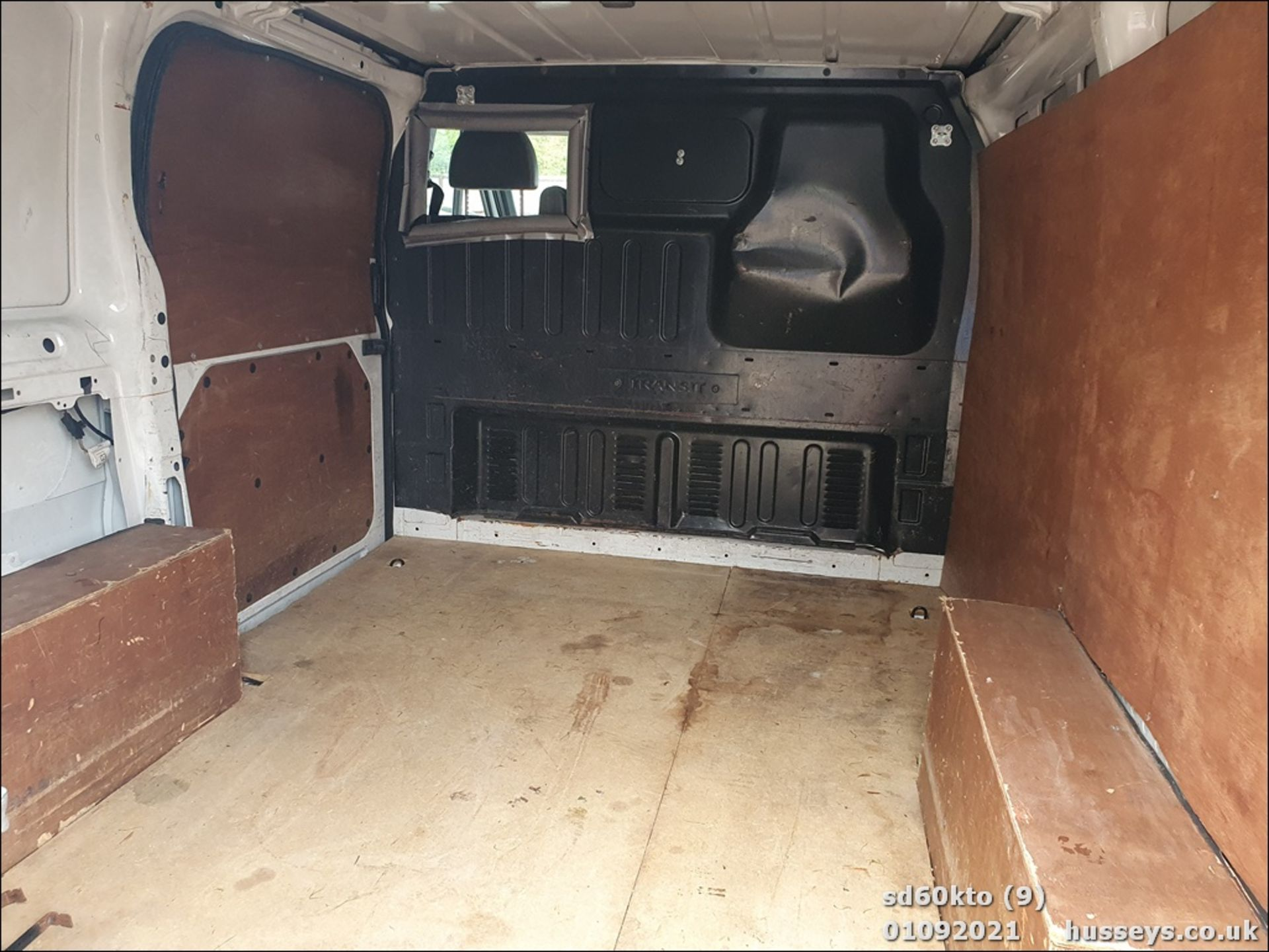 10/60 FORD TRANSIT 85 T260M FWD - 2198cc 5dr Van (White, 237k) - Image 18 of 23