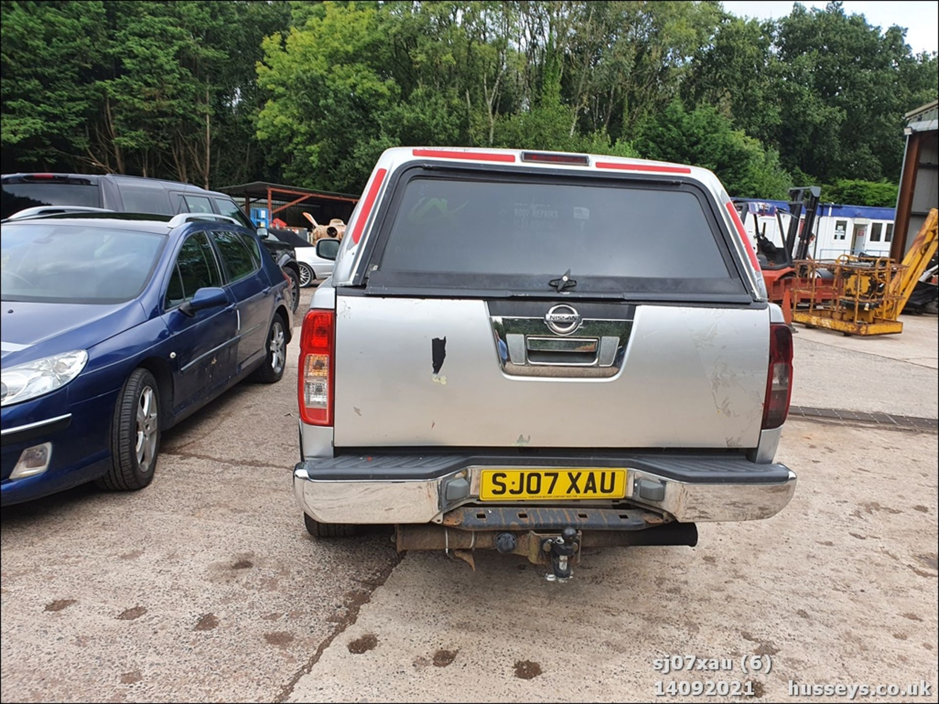 07/07 NISSAN NAVARA D/C OUTLAW DCI - 2488cc 4dr 4x4 (Silver, 166k) - Image 6 of 15