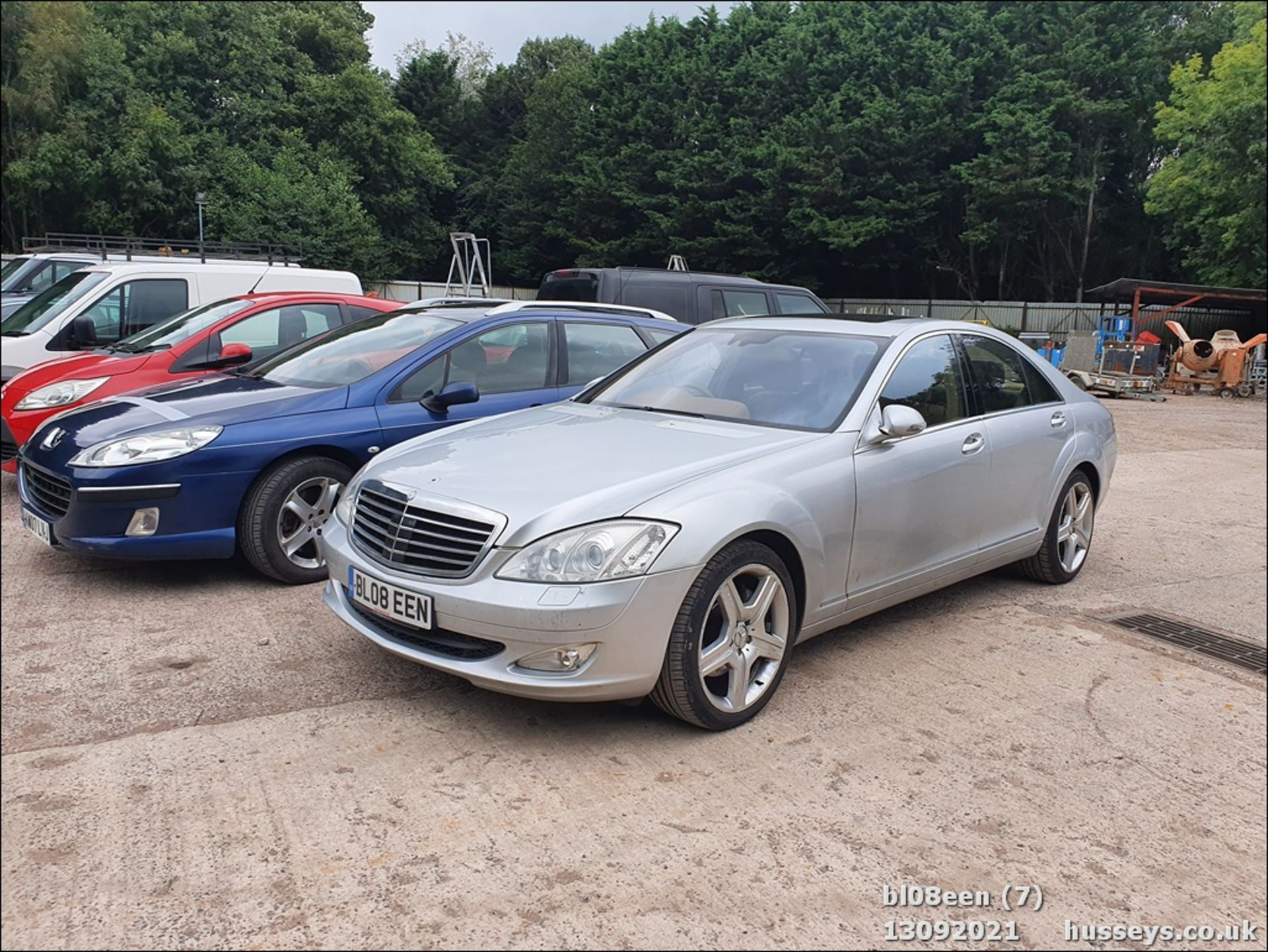 08/08 MERCEDES S320 CDI AUTO - 2987cc 4dr Saloon (Silver, 205k) - Image 7 of 16