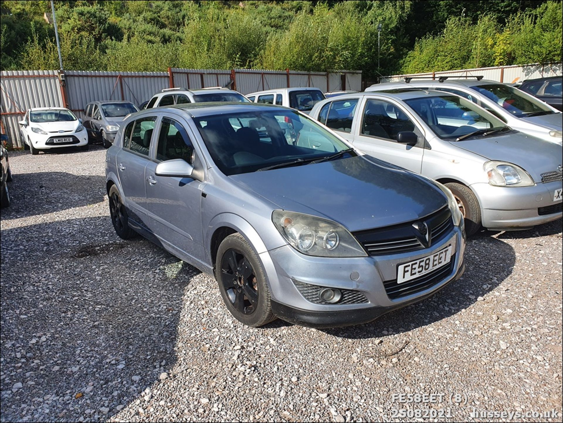 08/58 VAUXHALL ASTRA CLUB CDTI 100 - 1686cc 5dr Hatchback (Silver, 115k) - Image 8 of 15