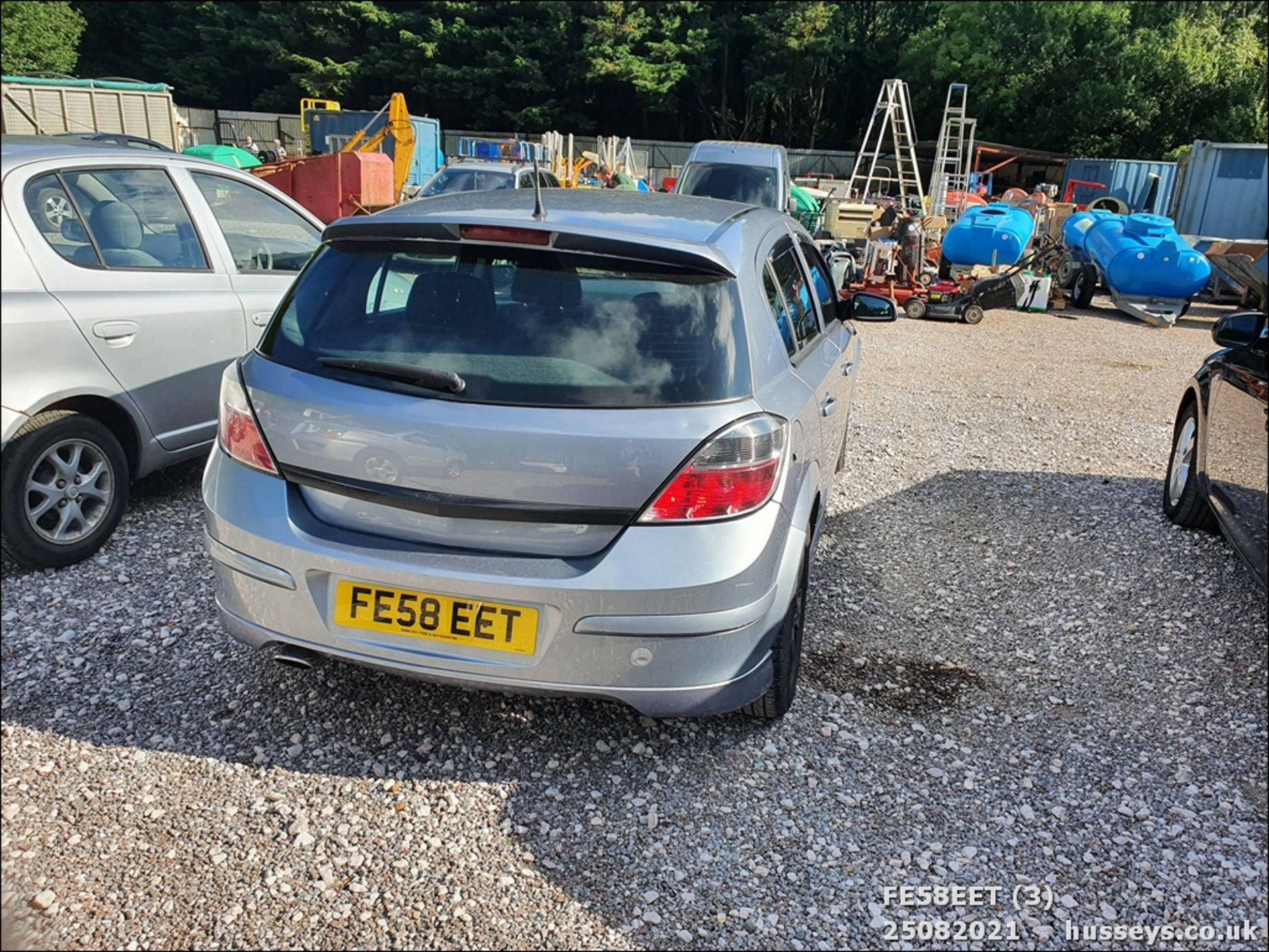 08/58 VAUXHALL ASTRA CLUB CDTI 100 - 1686cc 5dr Hatchback (Silver, 115k) - Image 4 of 15