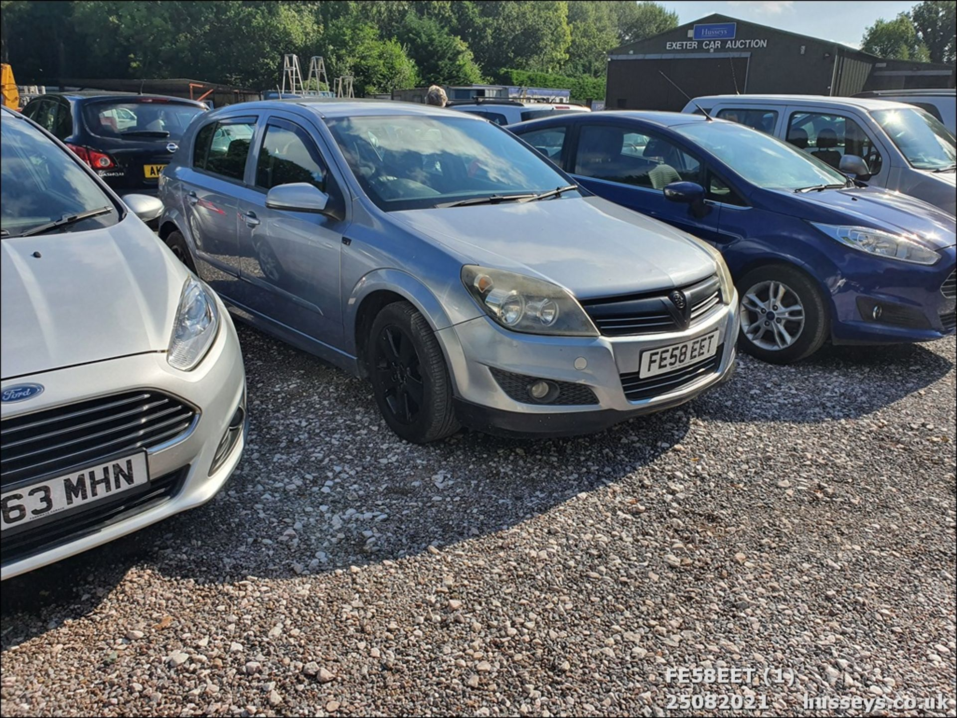 08/58 VAUXHALL ASTRA CLUB CDTI 100 - 1686cc 5dr Hatchback (Silver, 115k) - Image 2 of 15