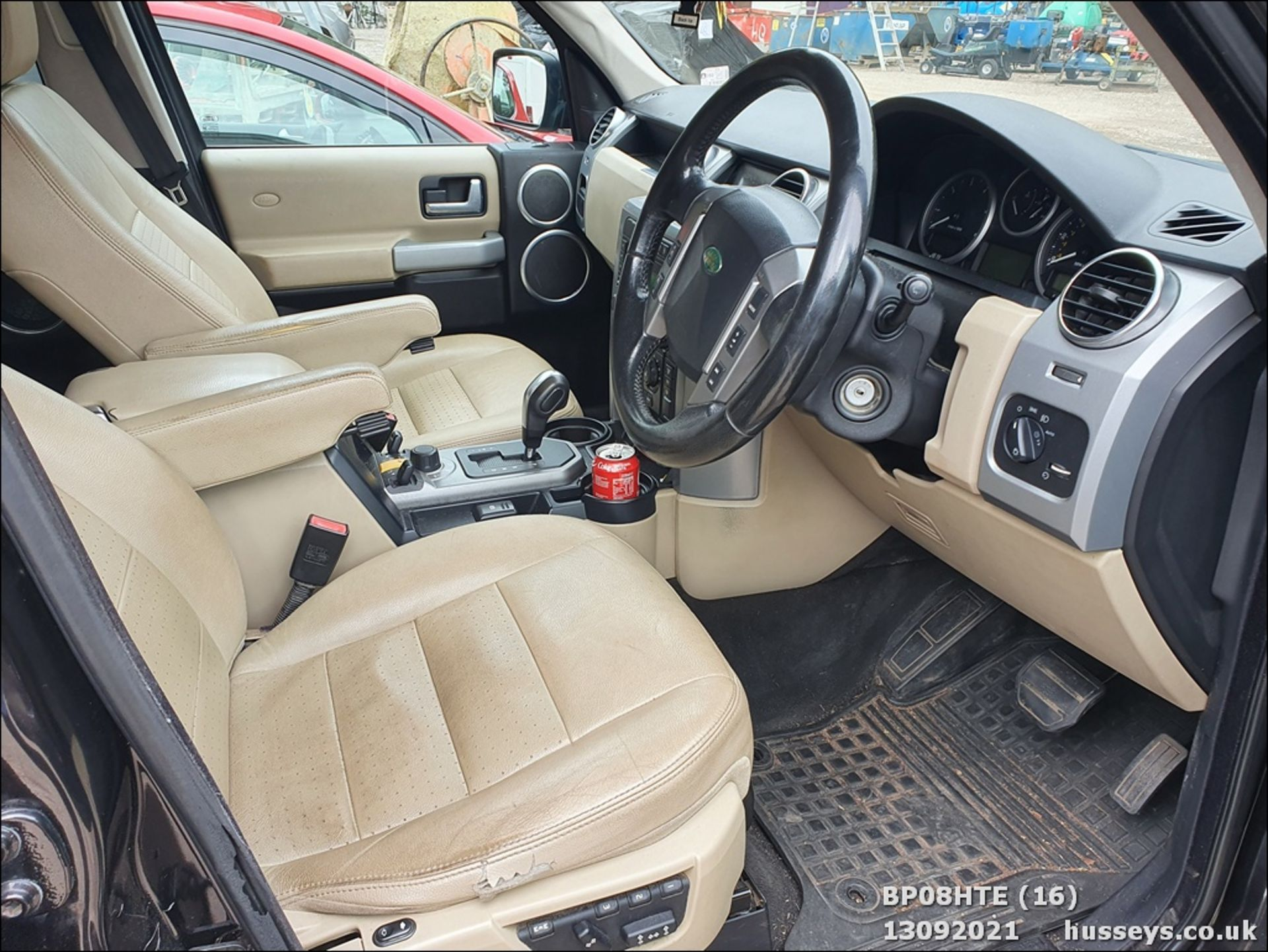 08/08 LAND ROVER DISCOVERY TDV6 SE A - 2720cc 5dr Estate (Brown, 190k) - Image 16 of 18