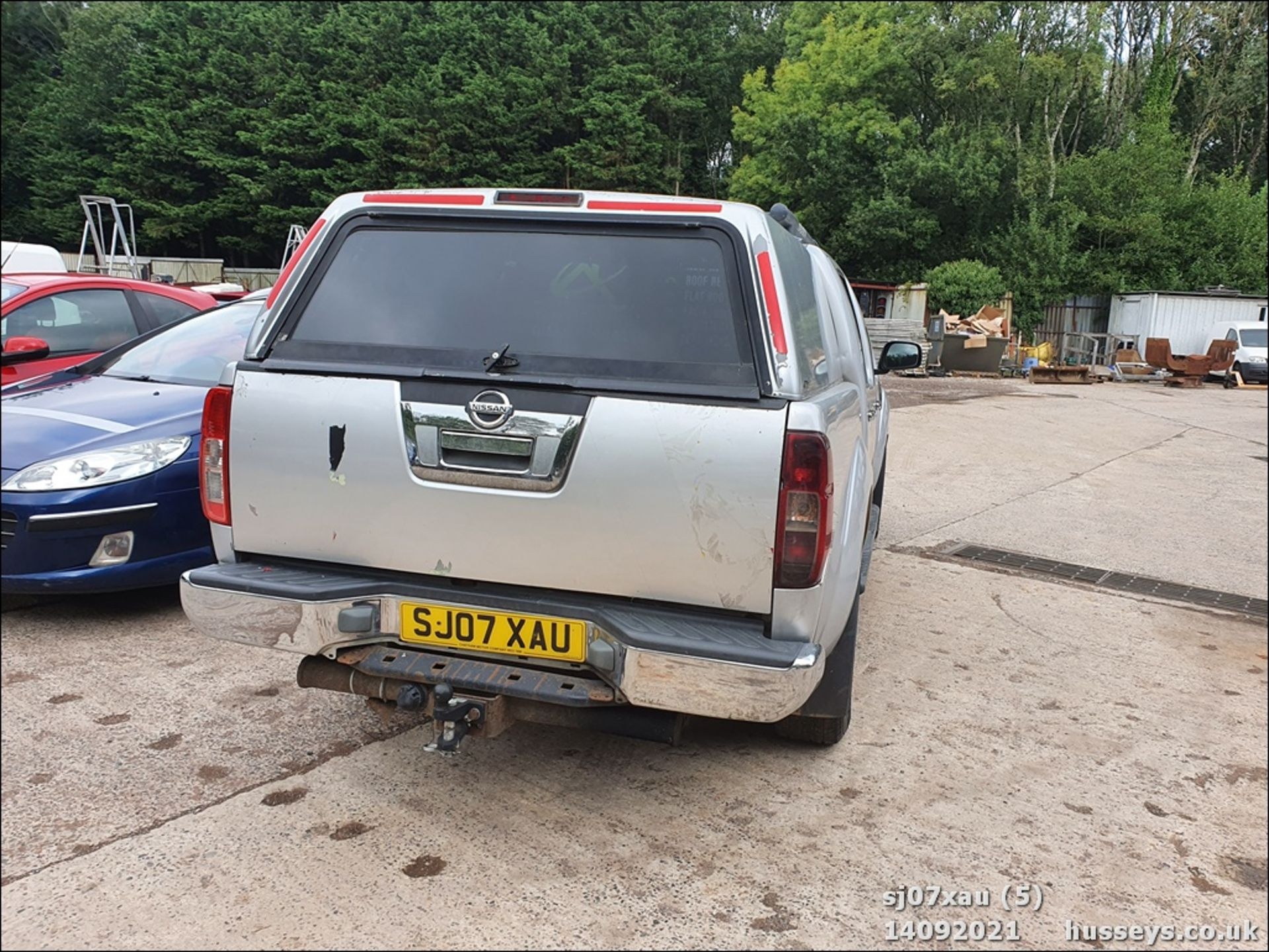 07/07 NISSAN NAVARA D/C OUTLAW DCI - 2488cc 4dr 4x4 (Silver, 166k) - Image 5 of 15