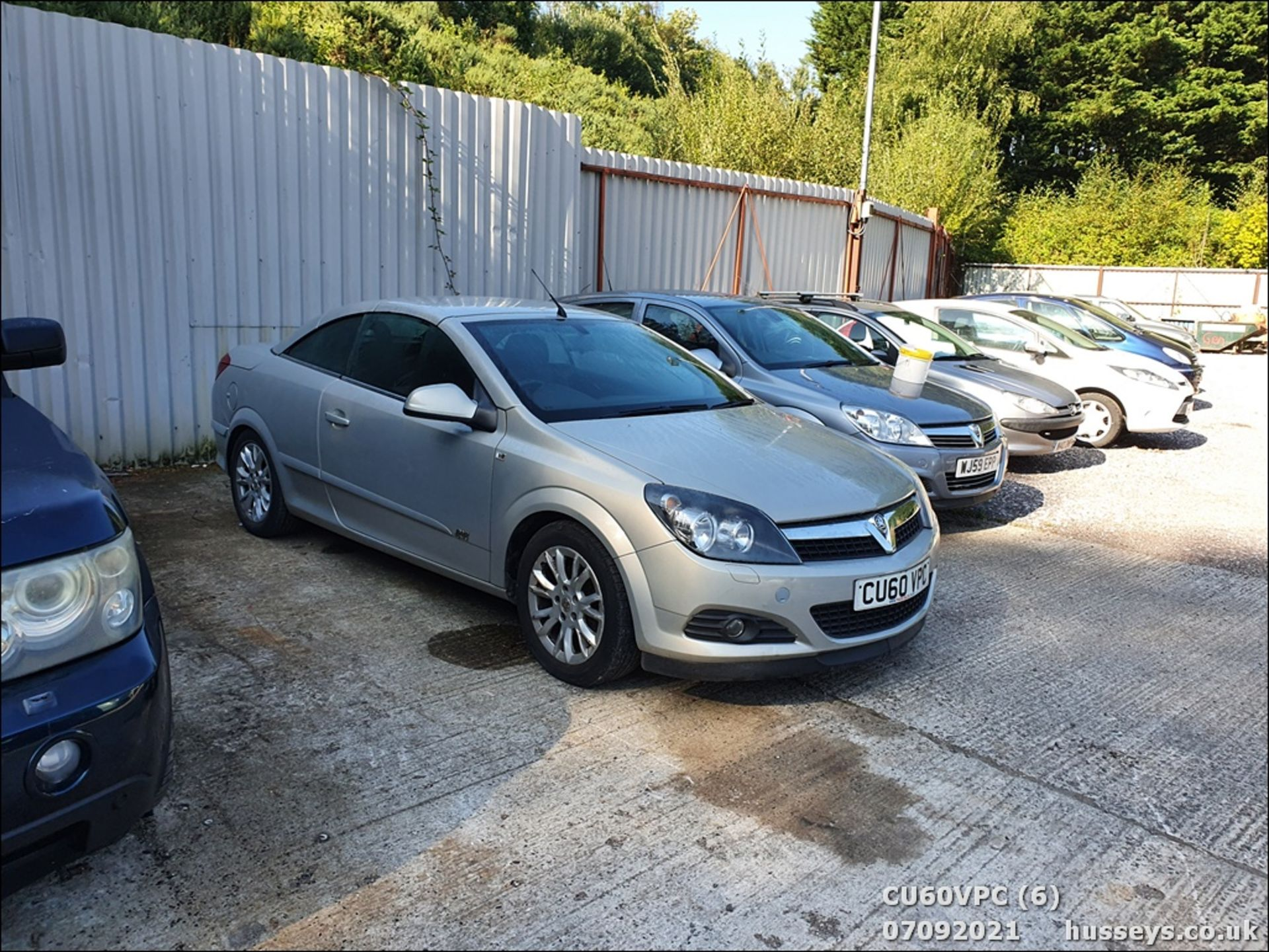 11/60 VAUXHALL ASTRA SPORT - 1796cc 2dr Convertible (Silver, 123k) - Image 6 of 12