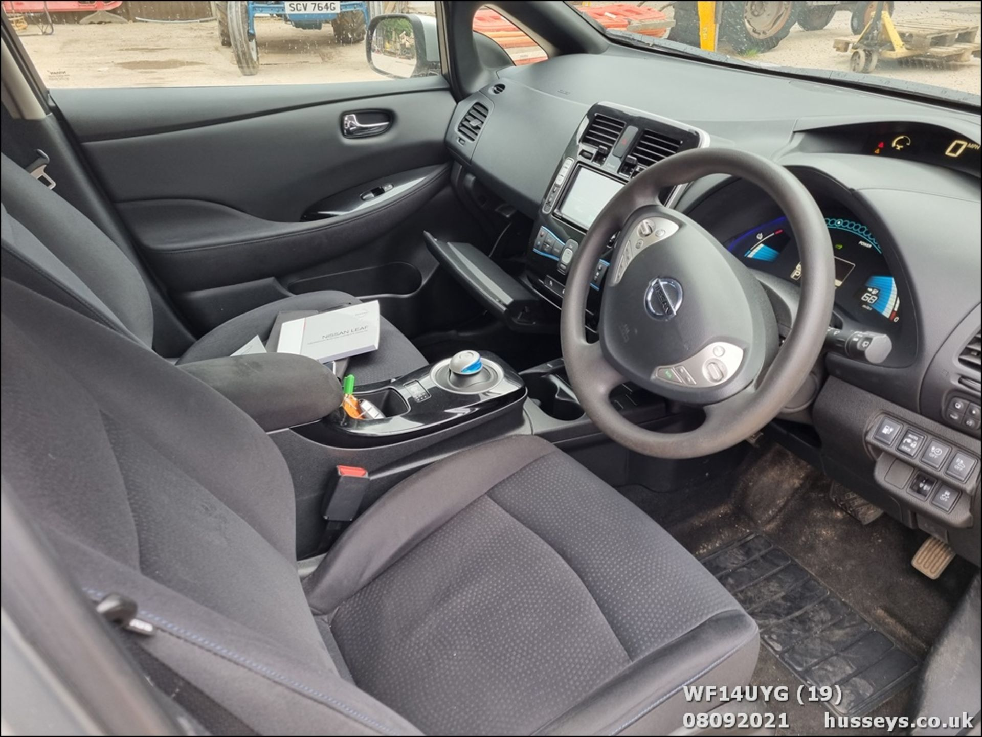 14/14 NISSAN LEAF ACENTA 5dr Hatchback (Silver, 19k) - Image 19 of 26