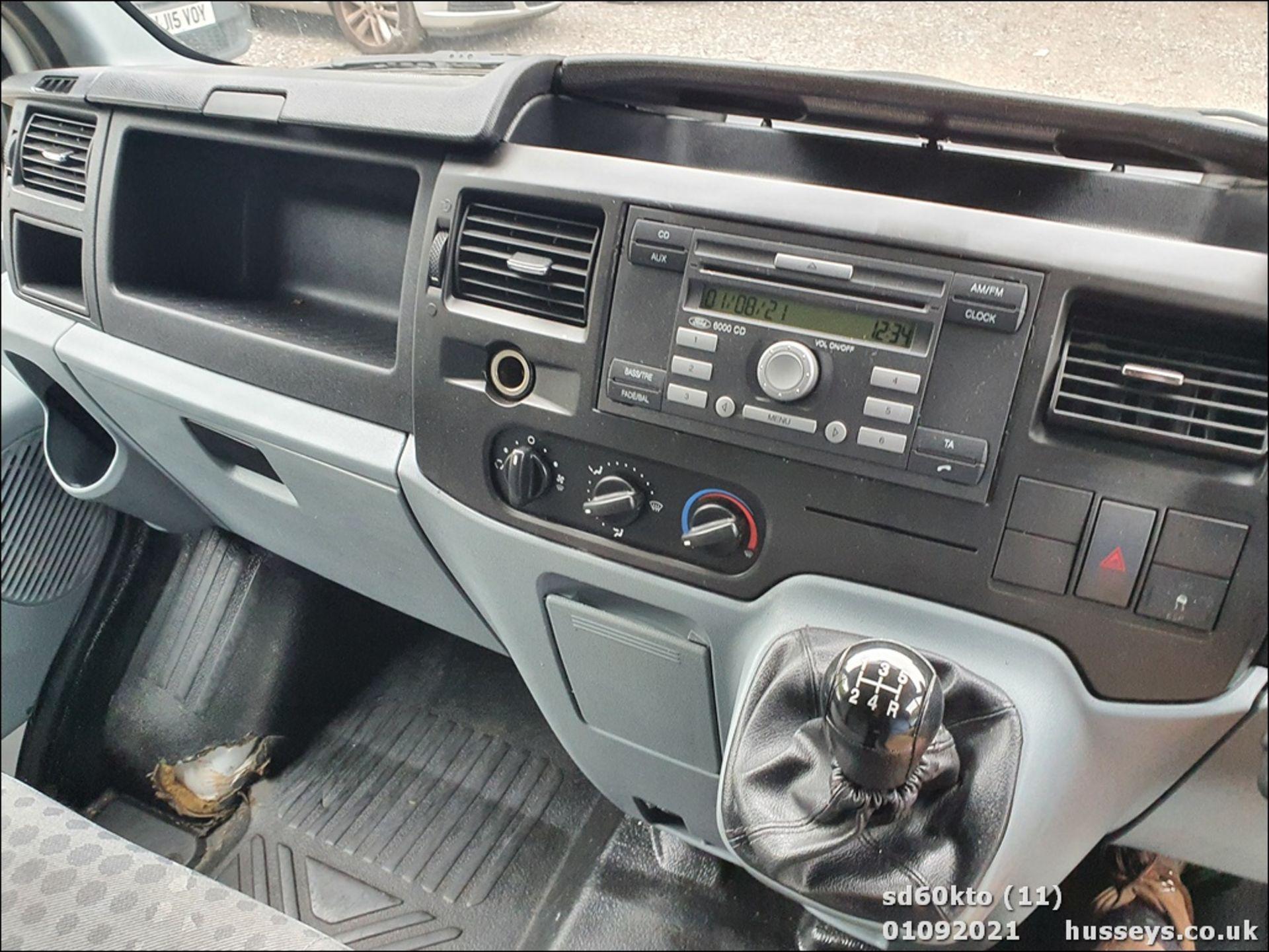 10/60 FORD TRANSIT 85 T260M FWD - 2198cc 5dr Van (White, 237k) - Image 22 of 23