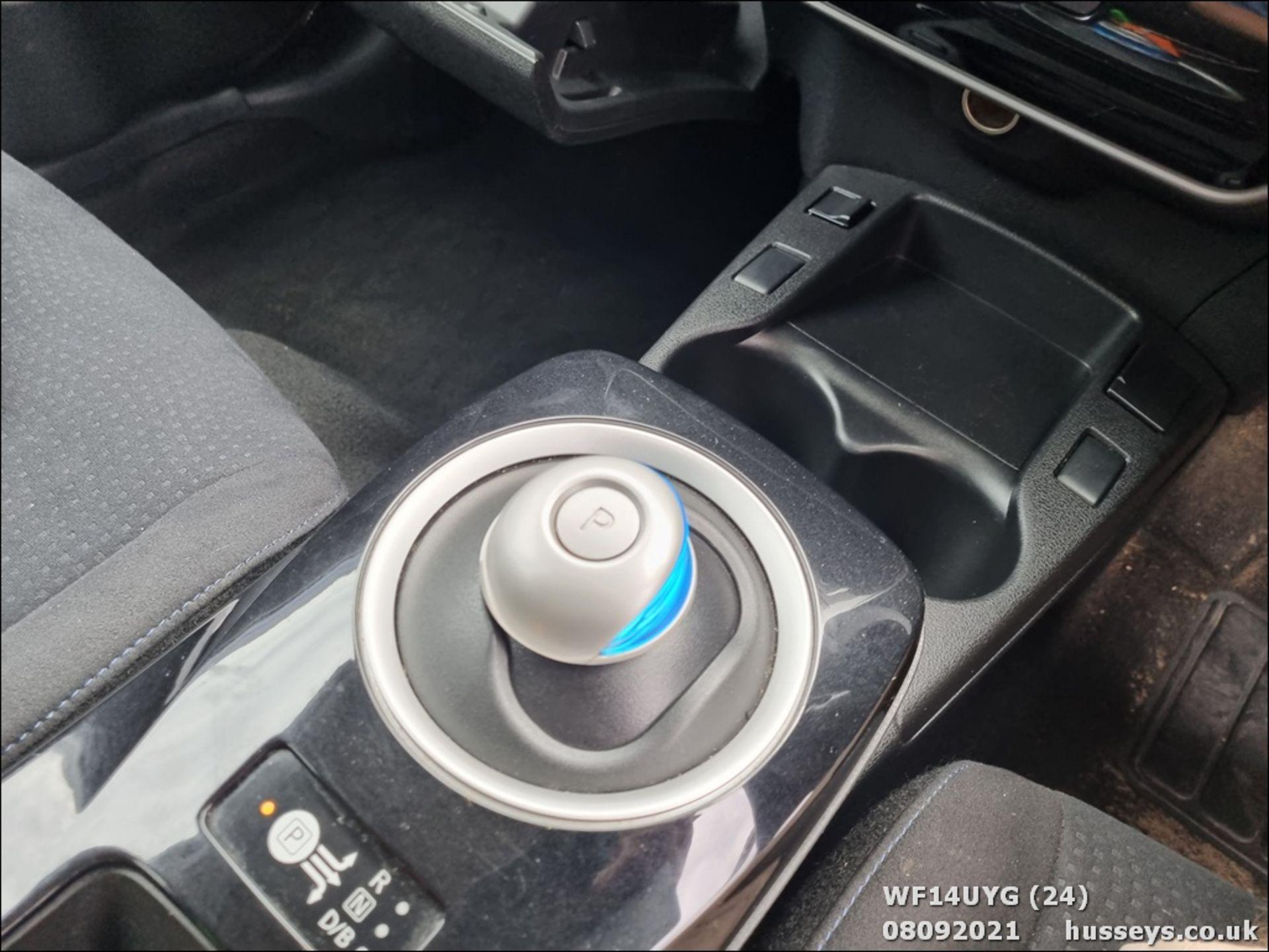 14/14 NISSAN LEAF ACENTA 5dr Hatchback (Silver, 19k) - Image 24 of 26
