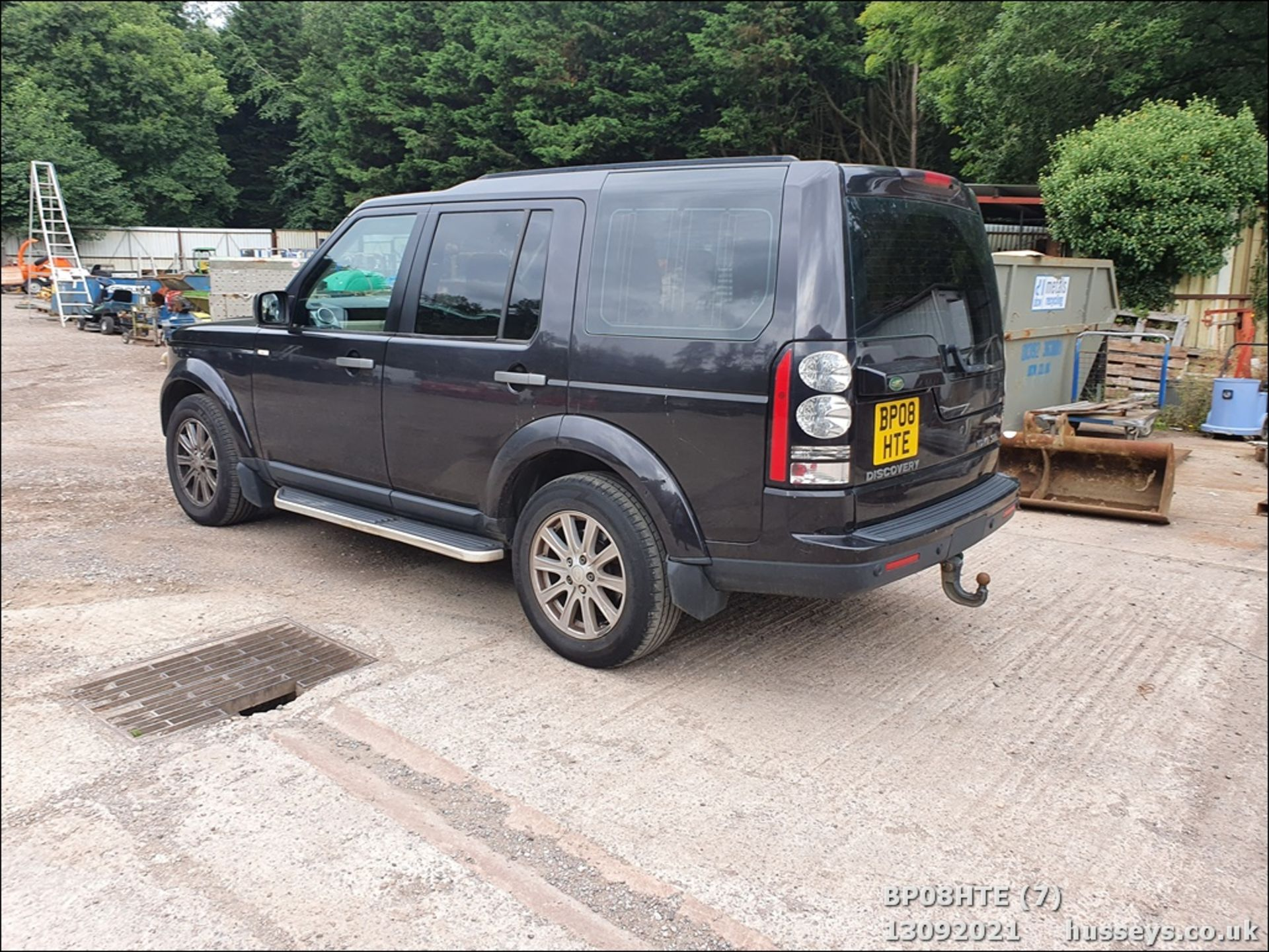 08/08 LAND ROVER DISCOVERY TDV6 SE A - 2720cc 5dr Estate (Brown, 190k) - Image 7 of 18