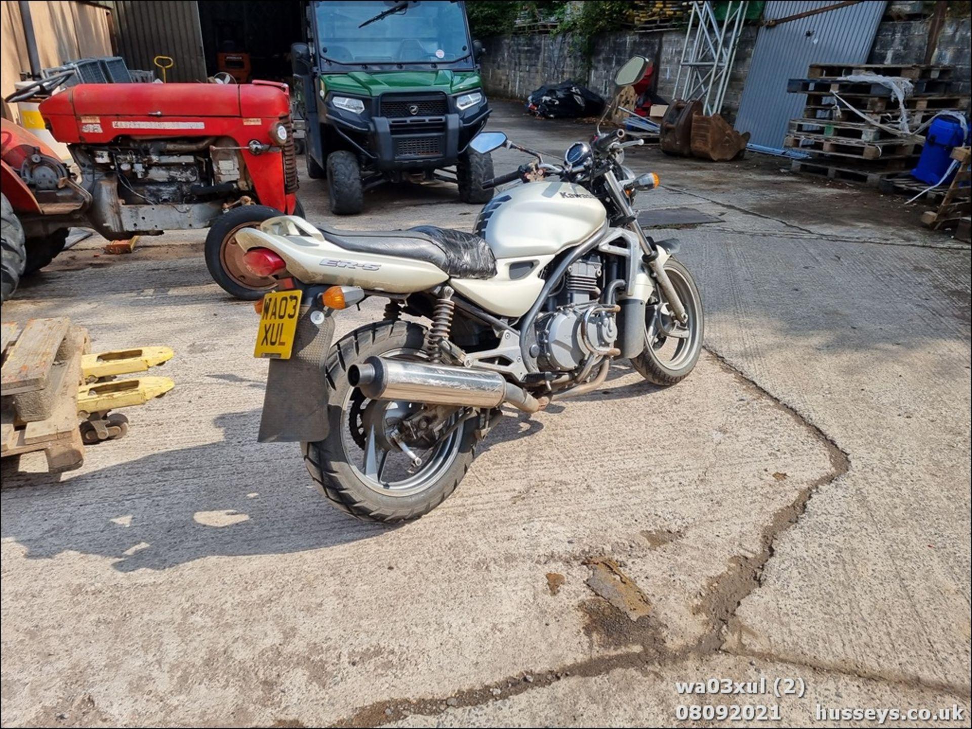 03/03 KAWASAKI ER500-C1 - 498cc Motorcycle (Gold) - Image 2 of 16