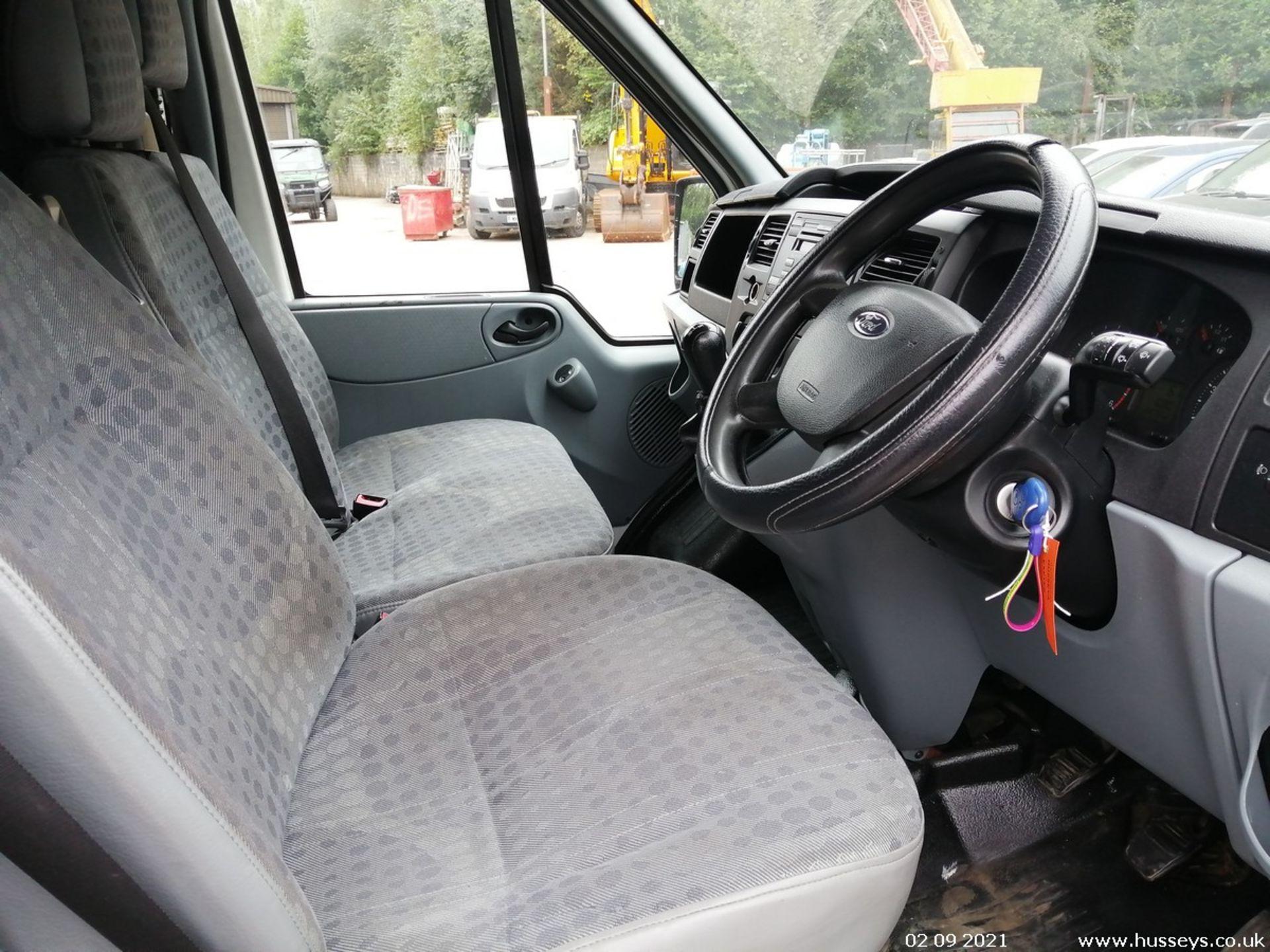10/60 FORD TRANSIT 85 T260M FWD - 2198cc 5dr Van (White, 237k) - Image 23 of 23