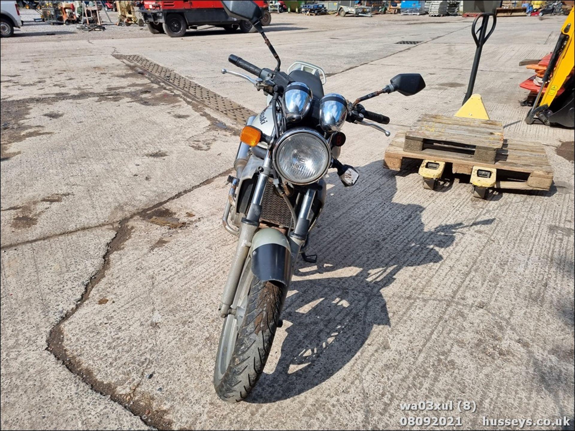 03/03 KAWASAKI ER500-C1 - 498cc Motorcycle (Gold) - Image 7 of 16
