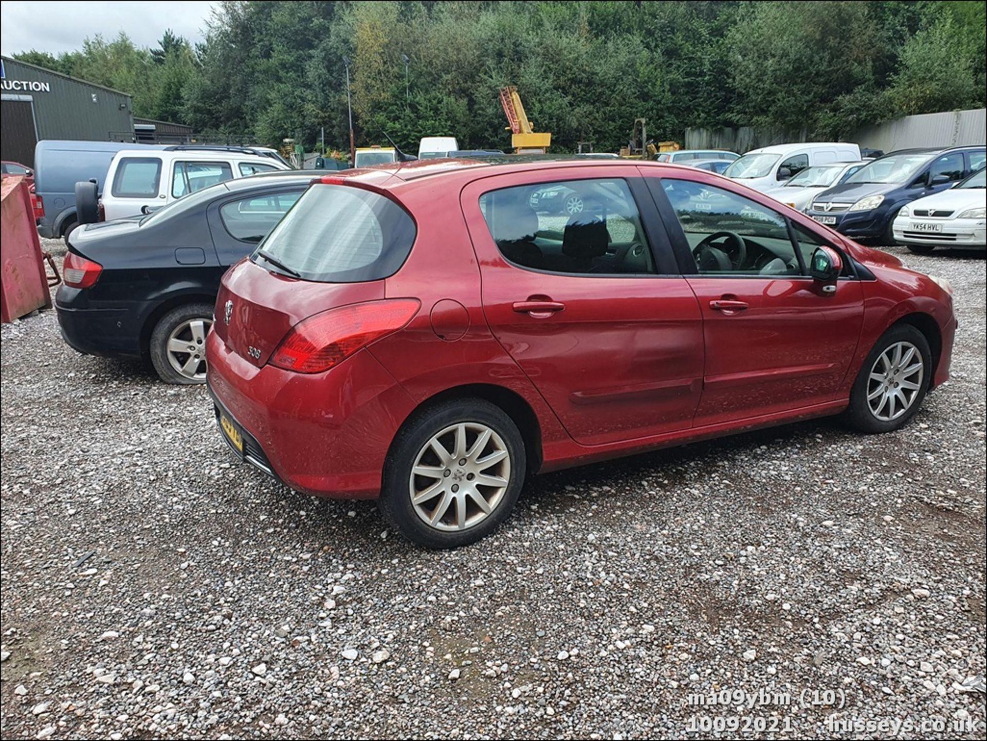 09/09 PEUGEOT 308 SE HDI - 1560cc 5dr Hatchback (Red) - Image 10 of 19