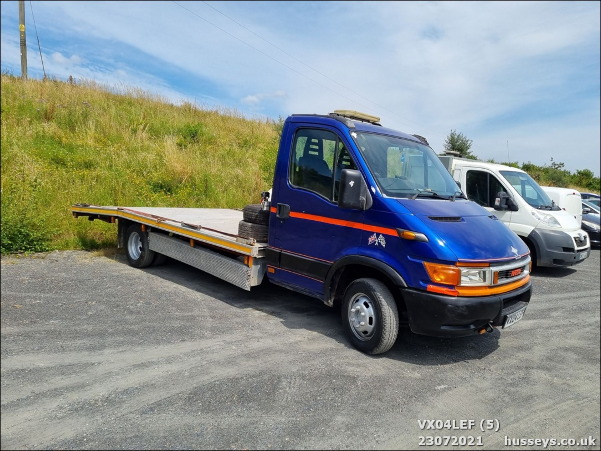 04/04 IVECO DAILY 50C15 4.4WB - 2800cc (Blue) - Image 5 of 9